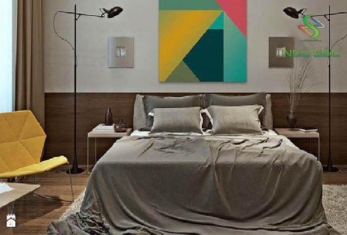 Phòng ngủ nổi bật với bức tranh hình khối