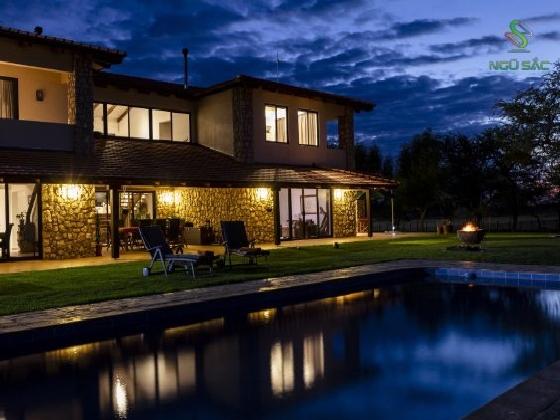 Cảnh biệt thự hiện đại đẹp về đêm