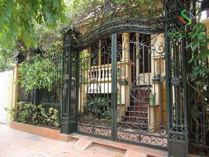 Mẫu cổng hàng rào bằng sắt