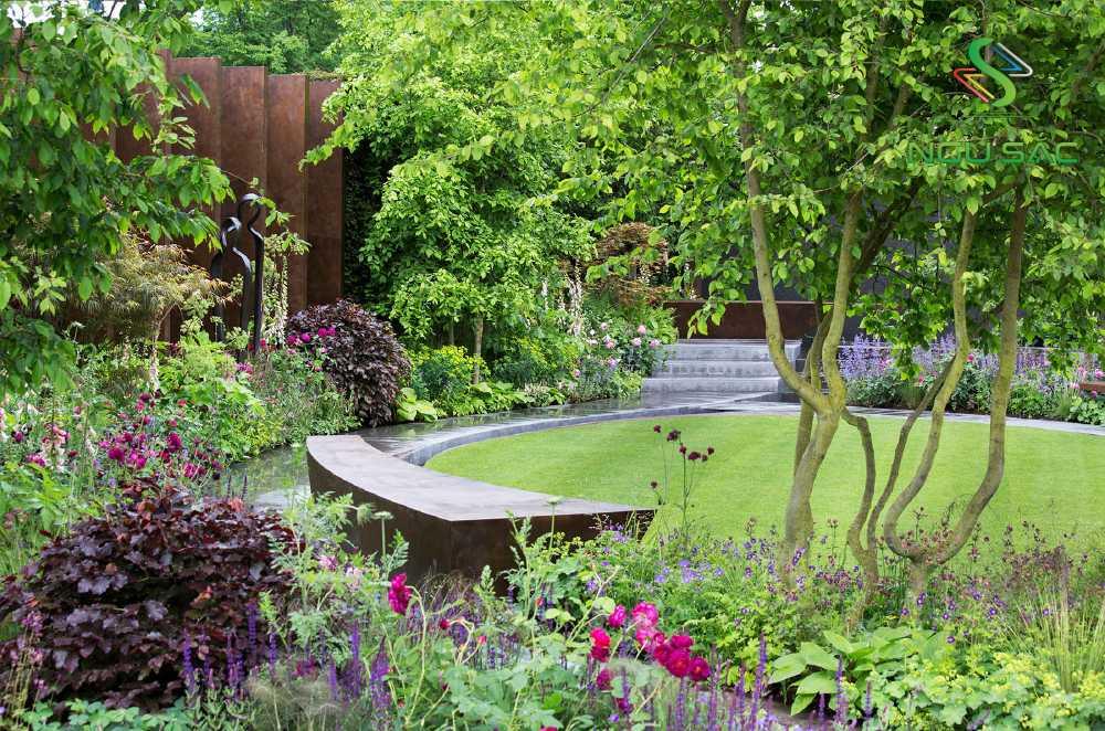 Lựa chọn cây trong sân vườn