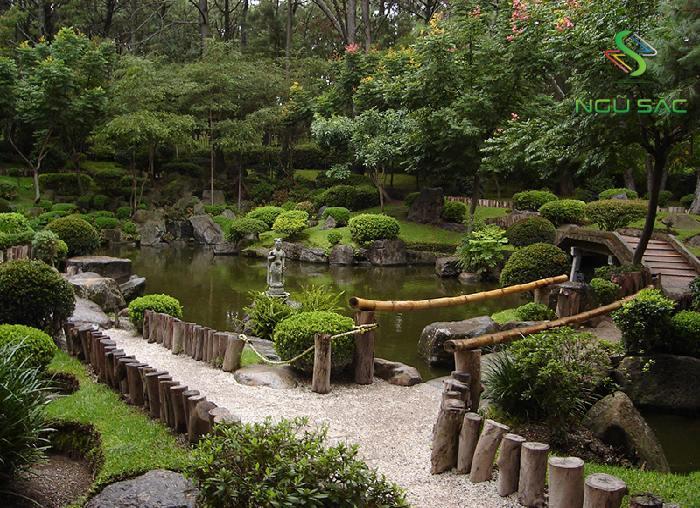 Lối vào vườn Zen Nhật Bản
