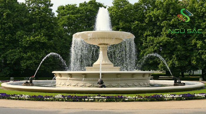 Đài phun nước biểu tượng cho Thủy