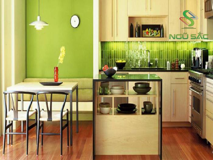 Nhà bếp với màu sơn xanh lạ mắt