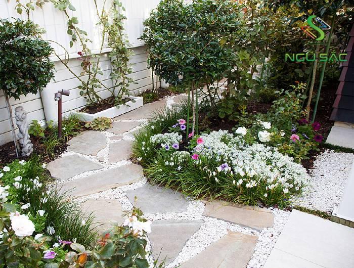 Lối đi sân vườn tự tạo đơn giản