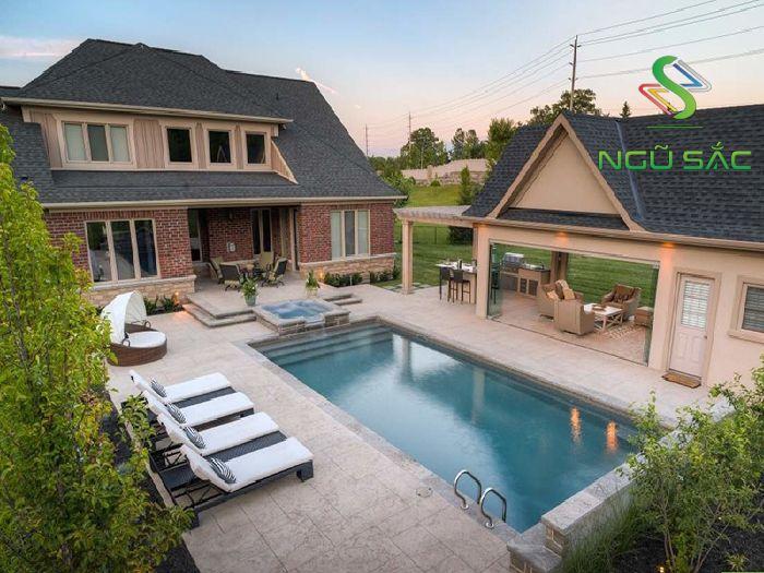 Biệt thự nhà vườn có hồ bơi