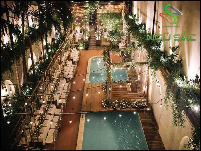 Mẫu quán cà phê hồ bơi