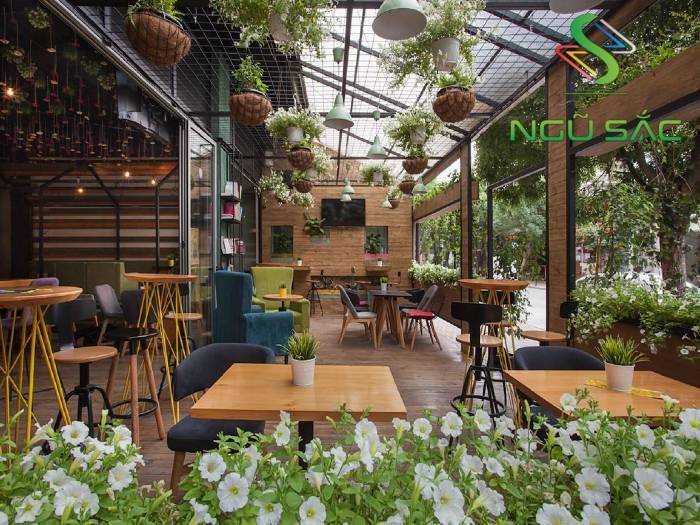 Quán cà phê sân vườn hiện đại