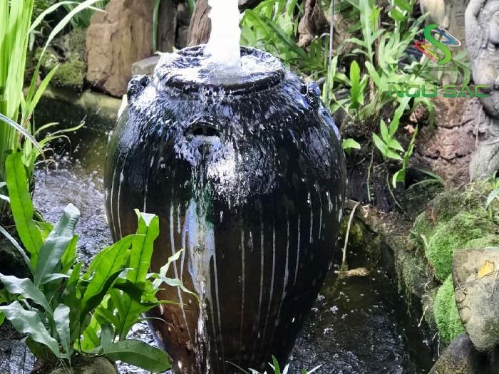 Làm đài phun nước từ chiếc lu cũ