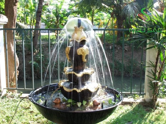 Đài phun nước sân vườn tự tạo