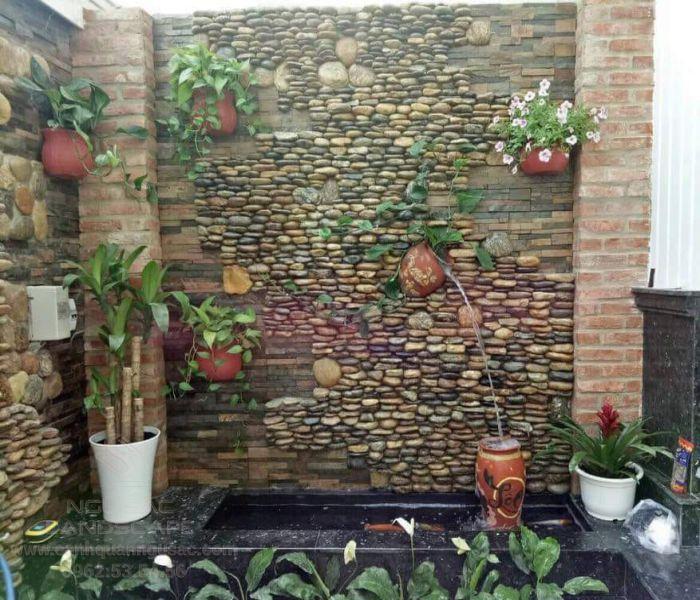 Thiết kế tranh đá tường với thác nước sinh động