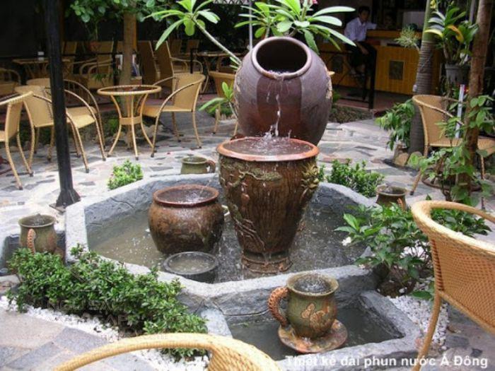 Đài phun nước mini ở quán cà phê