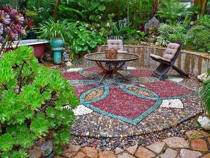 Sáng tạo nền sân vườn theo phong cách Mosaic